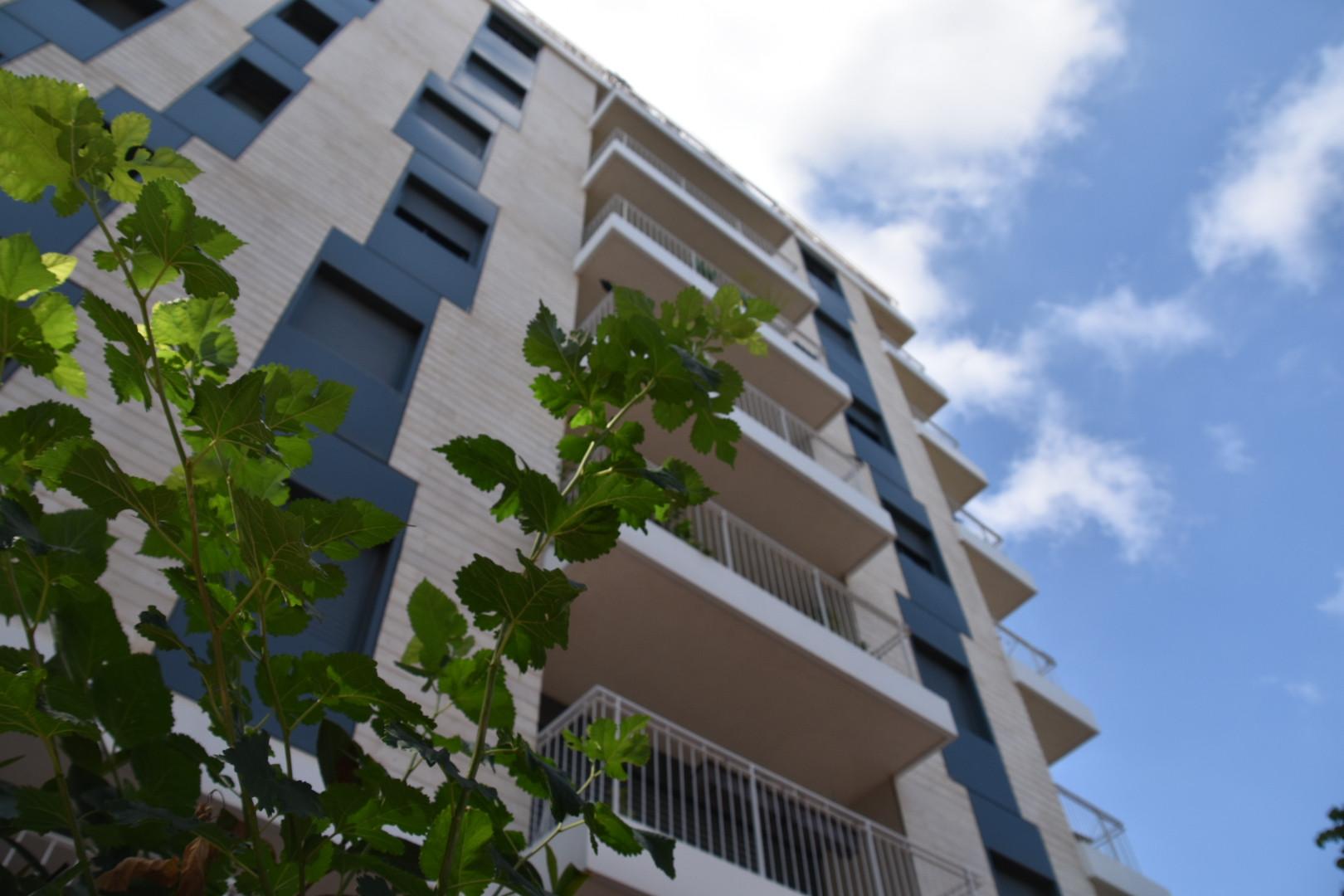 בית פיקס - ניהול ואחזקת מבנים 2