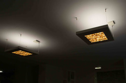 מנורות מאבנים שקופות
