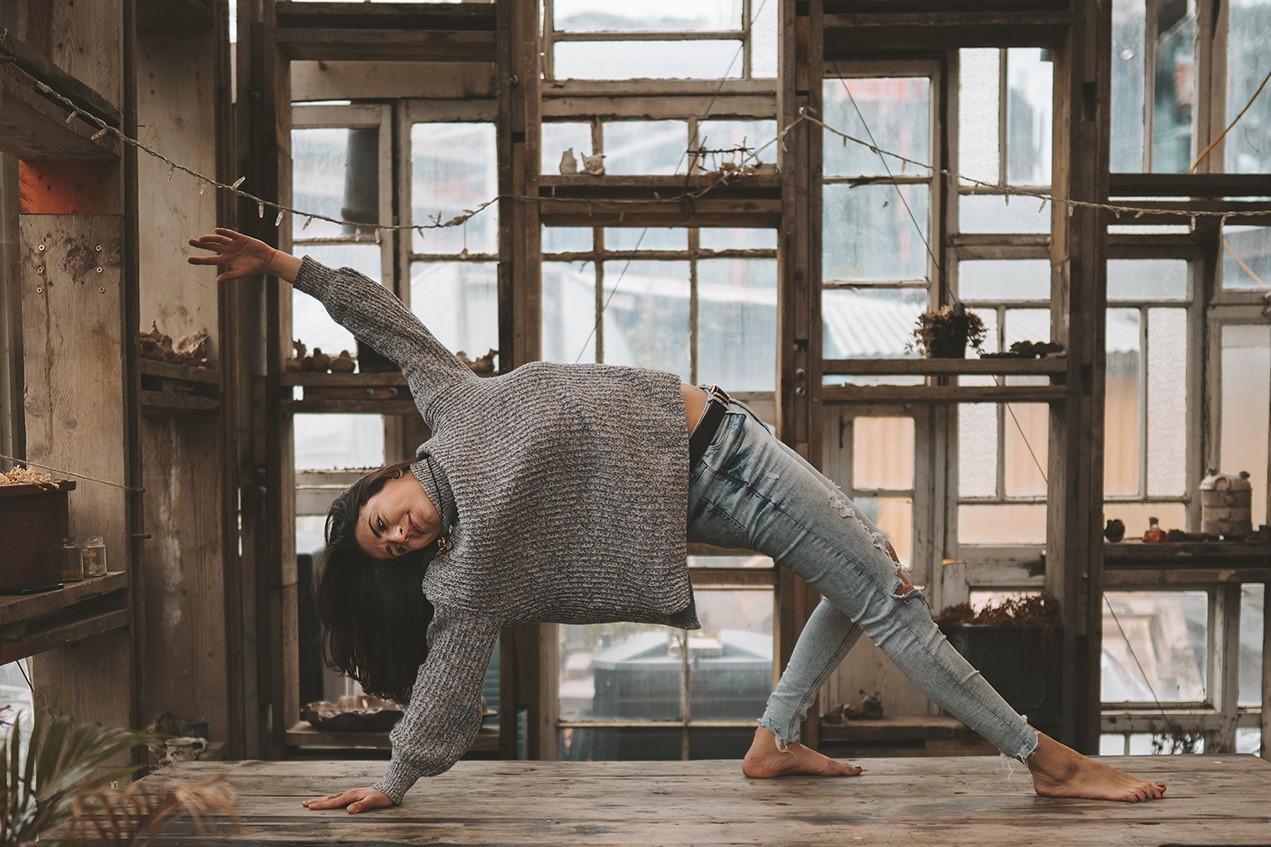 ONLINE - Vinyasa Yoga