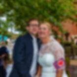 Setzen eines Hochzeitssteines mit Gravur