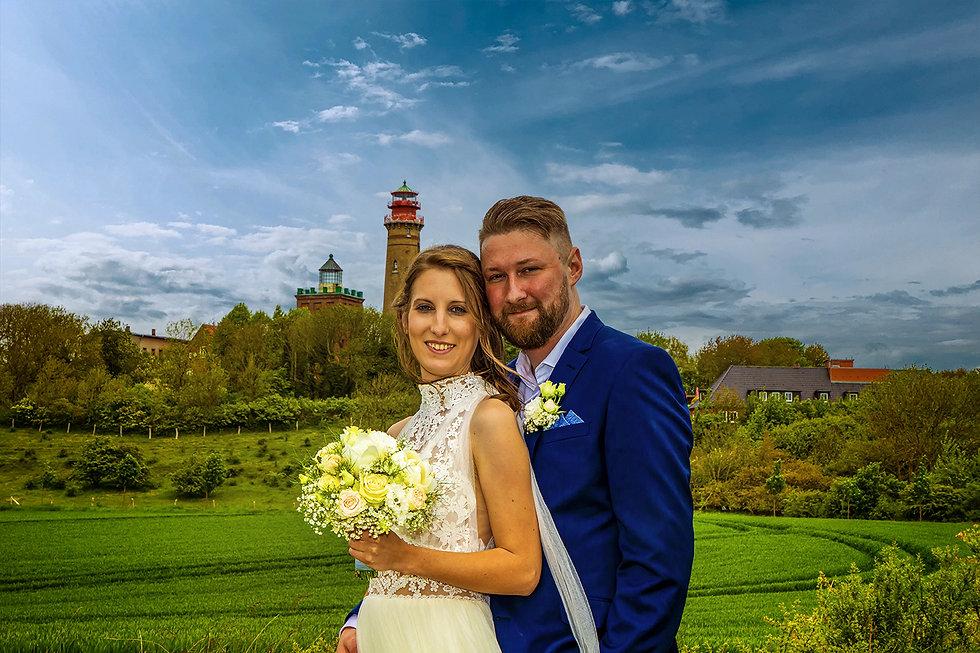 Hochzeitsfotograf Rügen, Fotograf fotografiert hochzeitsfotos standesamt nor rügen schinke
