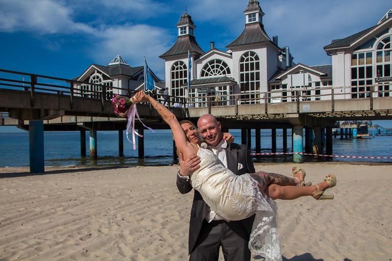 DJ auf Rügen, Hochzeit auf Seebrücke Sellin, Brautpaar Klaudia und Torsten
