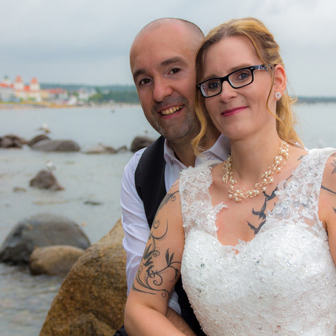 Günstiger Hochzeitsfotograf gesucht