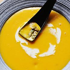 Signature Pumpkin Soup 호박죽