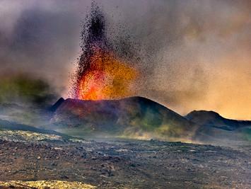 La Fournaise en éruption.