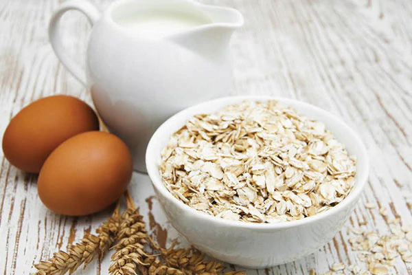 homemade-oatmeal-egg-masks-for-glowing-s