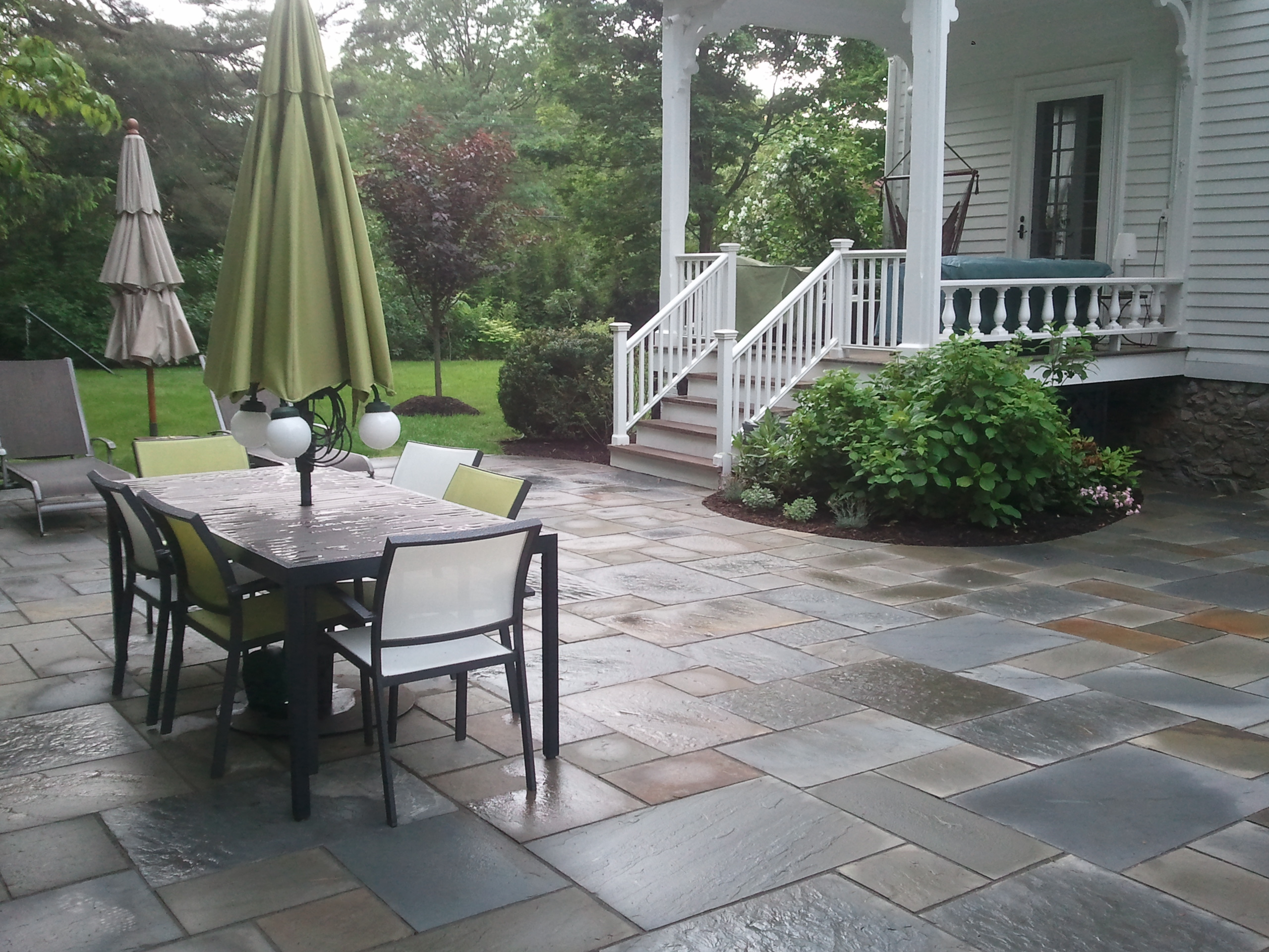 Bluestone Patio (3)
