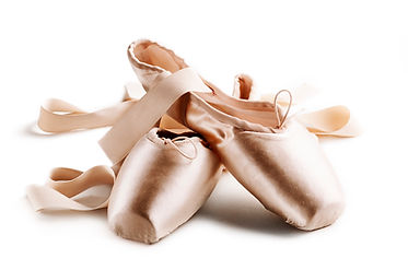 pointe-shoes-6HHNMHK.jpg
