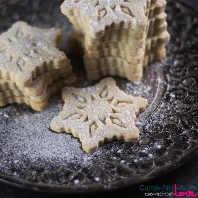 Gluten Free VANILLA SNOWFLAKE COOKIES