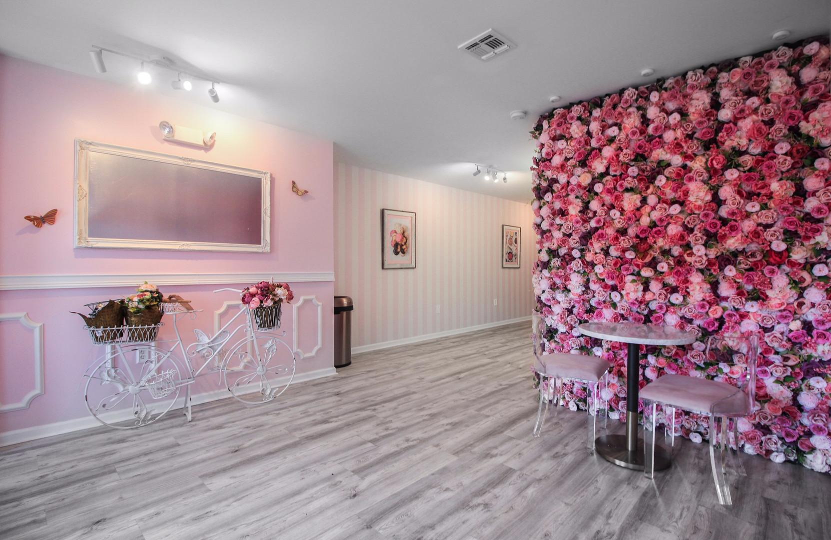 Pinkies Cupcake Cafe1