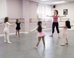 dancers learn technique