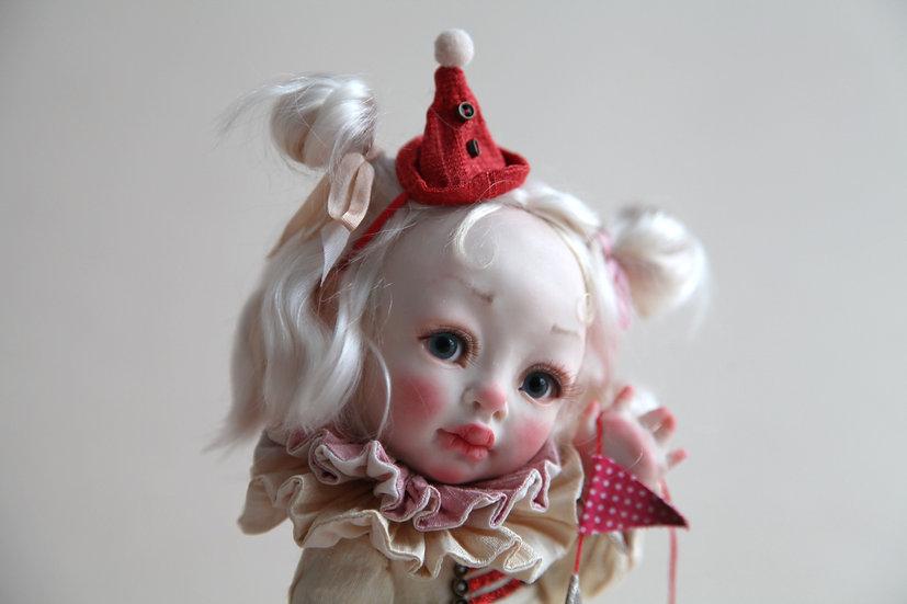 Малышка из Винтажного Цирка