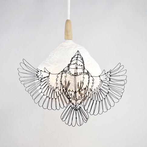 Tisserin en fil de fer et lampe en porcelaine