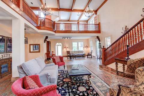 Double ceilings with elegance everywhere!