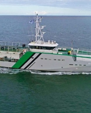 Nigerian-assult-boat-Deep-Blue.9f45ef.jp