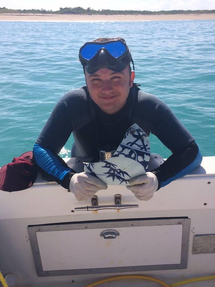 Phil Ratcliff finds Kang Hsi. porcelain