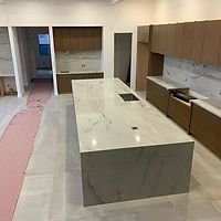 17 foot #kitchenisland and full height s