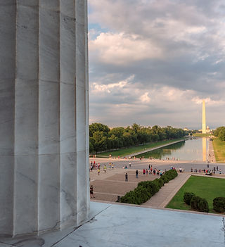 Washington DC skyline. Columns of Lincol
