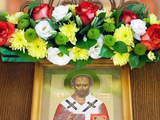 Богослужение в ЧОУ «Школа «Образ» в честь Святителя Николая.