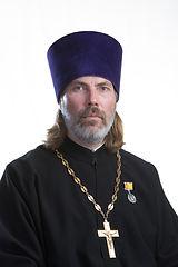 священник Илия Анатольевич Семенов.jpg