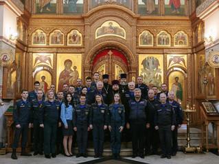 Молебен Пресвятой Богородице с участием пожарных в Люберцах