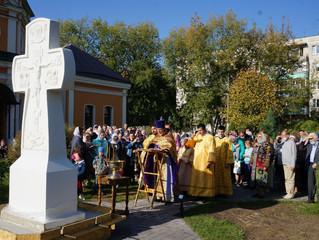 Освящение поклонного креста в Красково