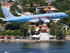 Самый опасный греческий аэропорт