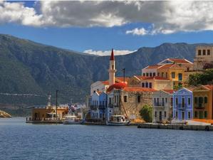 11 греческих островов с небольшим количеством жителей, но с исключительной красотой