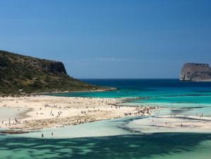 Наверно, так выглядит Рай... Греческий пляж с розовым песком, бесчисленными ракушками и неописуемой
