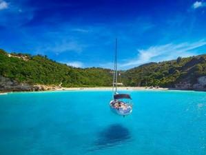 Остров Антипаксос: капля Карибов в Греции