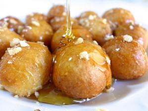 Лукумадес - греческие медовые пончики и как их готовить