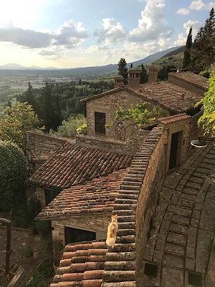 small-group-tours-italy-spello-cat-umbri