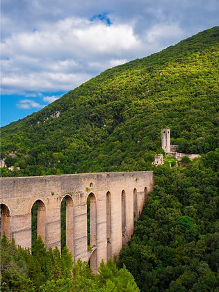 small-group-tours-italy-spoleto-umbria.j