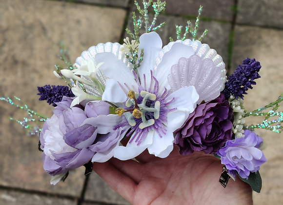 Shell and flower hair crown