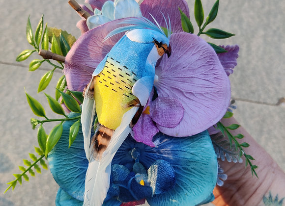 Parrot hair flower