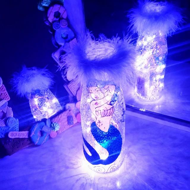 Pin Up Mermaid Lantern