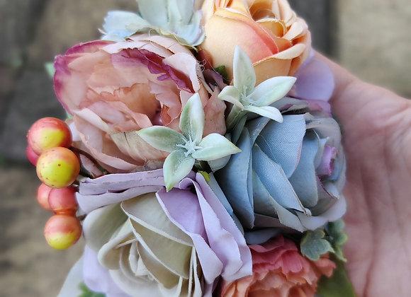 Pastel autumn flower and berries hairflower