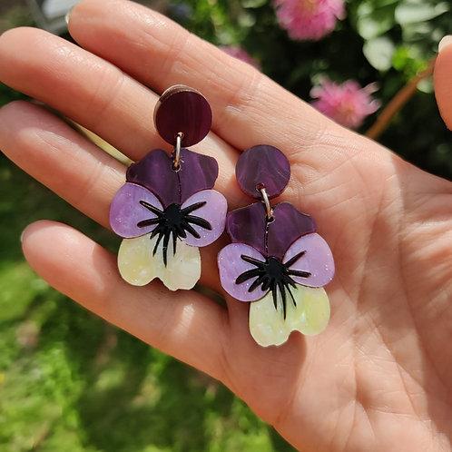 Viola Cream Earrings