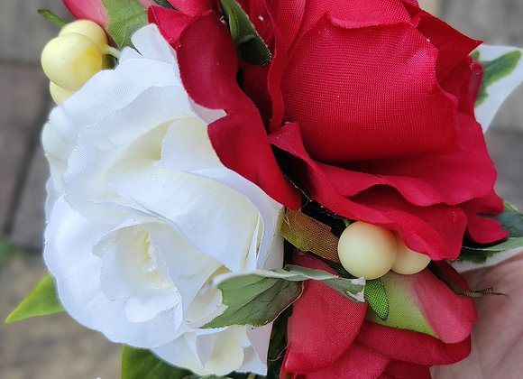 Red rose and cream berries