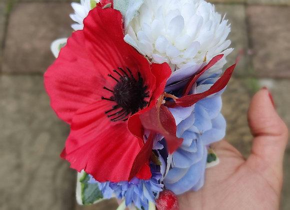 Armistice style red poppy hairclip