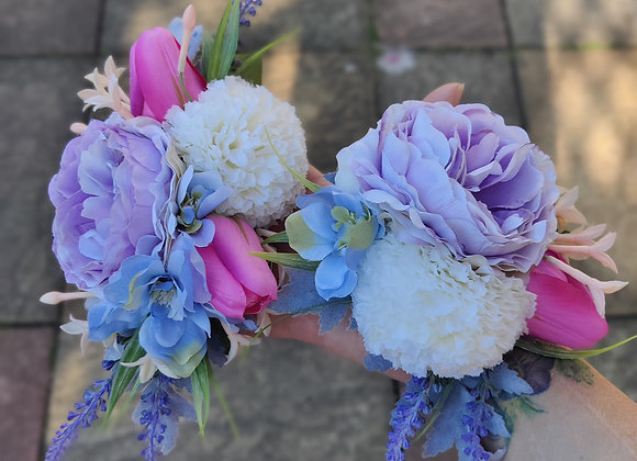 Tulip and lavender corsage set