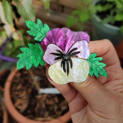 Viola Cream Brooch