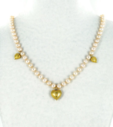 Peach pearl gold heart necklace