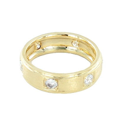 Matt 18ct gold diamond ring 6mm ring