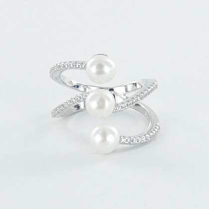 Three pearl stack ring