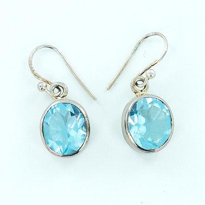Blue topaz silver short earrings