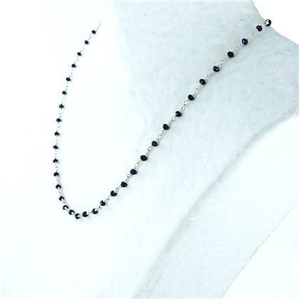 Dainty back onyx bead and silver magnetic clasp necklace