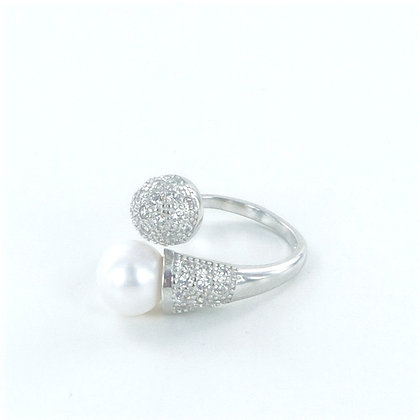 Silver cz pearl ring