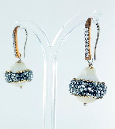 White baroque pearl hematite short earrings