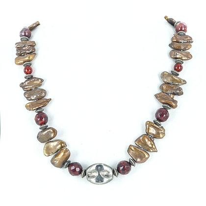 Brown biwa pearl carnelian necklace